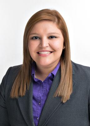 Karla Arguello, asistente legal